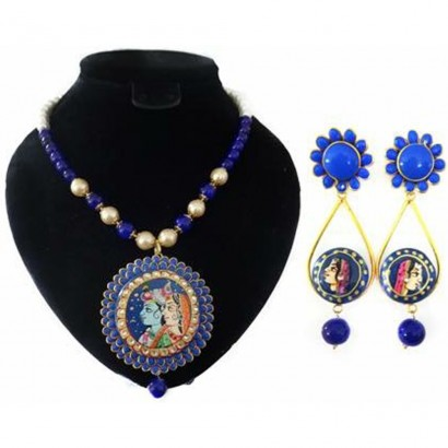Blue colour pachi tanjore necklace