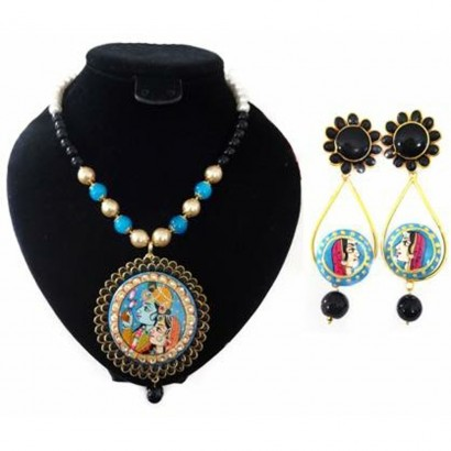 Black Tanjore work pachi necklace